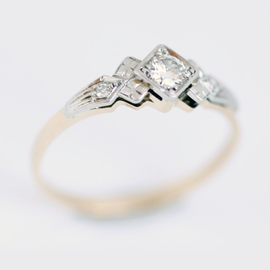 18ct White and rose gold vintage style engagement ring